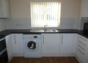 Thumbnail 2 bedroom flat to rent in Great North Road, Welwyn Garden City