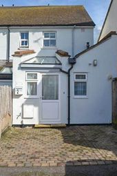 Thumbnail 1 bedroom flat for sale in Kennet Road, Maidenhead