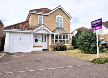 Thumbnail 5 bed detached house for sale in Norwood Road, Cheshunt