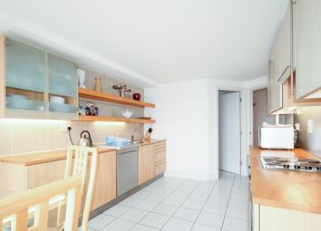 Thumbnail 4 bedroom flat to rent in Pier Point Building, 10 Westferry Road, Millenium Harbour, Canary Wharf, London
