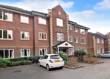 Thumbnail 2 bedroom flat to rent in Tarland House, Bayhall Road, Tunbridge Wells