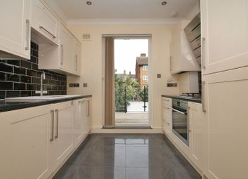 Thumbnail 2 bed flat to rent in Median Road, Lower Clapton