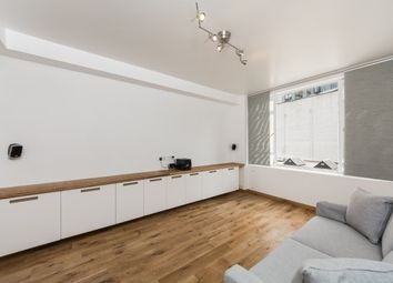 Thumbnail Studio to rent in Florin Court, Charterhouse Square