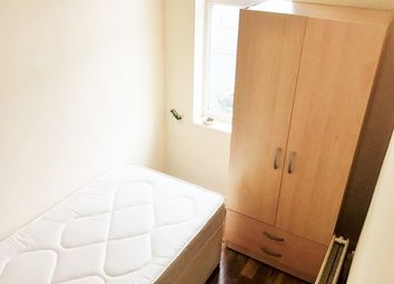 Thumbnail Room to rent in Longbridge Road, Room 1, Dagenham
