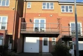 Thumbnail Room to rent in Smithmoor Crescent, West Bromwich