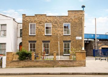 Thumbnail 5 bed end terrace house to rent in Martello Street, London Fields