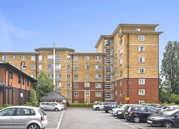 Thumbnail 2 bed flat for sale in Glebelands Close, Finchley, London