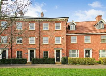 Thumbnail 4 bed town house for sale in Grosvenor Close, Ipswich