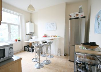 Thumbnail 4 bed flat to rent in Axminster Road, Holloway