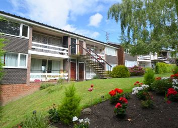 Thumbnail 2 bed maisonette to rent in Eskdale Avenue, Chesham
