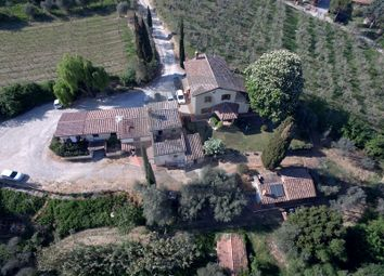 Thumbnail 6 bed farmhouse for sale in Montepulciano, Siena, Tuscany, Italy
