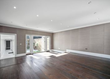 Thumbnail 3 bedroom flat to rent in Ebury Street, Belgravia