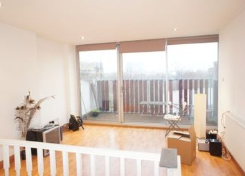 2 bed maisonette to rent in Voss Street, Bethnal Green E2