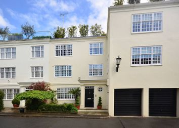 5 bed property to rent in Elm Tree Close, St John's Wood NW8