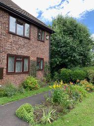 Thumbnail 2 bed flat for sale in Alderfield, Petersfield