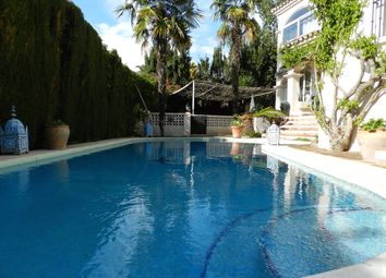 Thumbnail 4 bed villa for sale in Spain, Andalucia, Guadalmina, Ww250A