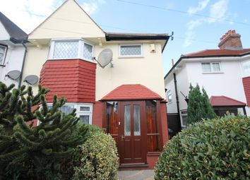 3 Bedrooms  to rent in Southend Lane, London SE6