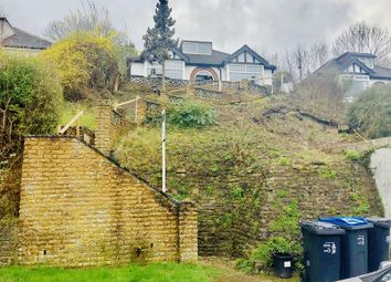 Thumbnail 3 bedroom detached bungalow to rent in Hilltop Road, Whyteleafe