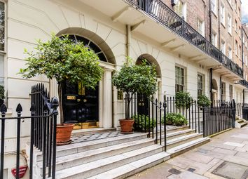 Thumbnail 2 bed flat to rent in Montagu Square, London