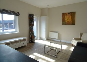 Thumbnail 1 bed flat to rent in Stert Street, Abingdon