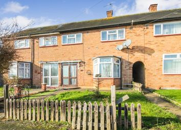 3 bed property for sale in Dorking Rise, Romford RM3