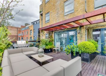 Thumbnail 3 bedroom flat for sale in Salamander Court, 135 York Way, London