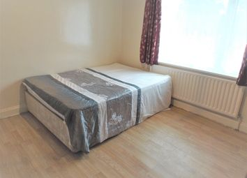 Thumbnail Room to rent in Staines Road, Feltham