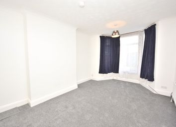 2 bed maisonette to rent in Green Lane, Ilford IG1
