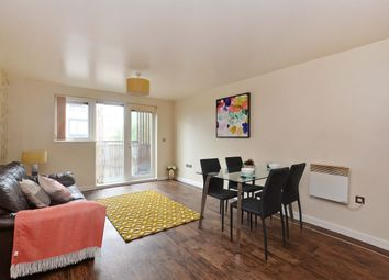 2 bed flat to rent in The Wharf, Old Mill Wharf, Droylsden, Manchester M43