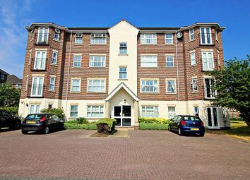 Thumbnail 2 bed flat for sale in Abbotsmead Place, Caversham, Reading