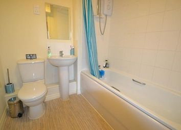 Thumbnail 2 bedroom flat for sale in The Crescent, Salisbury