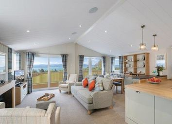 Thumbnail 2 bed mobile/park home for sale in Coghurst Holiday Park, Ivyhouse Lane, Hastings, East Sussex