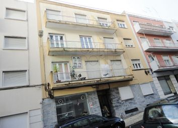 Thumbnail Block of flats for sale in Benfica, Benfica, Lisboa