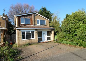 Thumbnail 3 bedroom detached house for sale in Tintagel Close, Luton, Bedfordshire