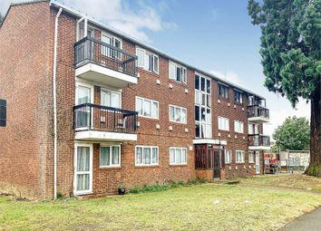 Thumbnail 2 bed flat to rent in Grampian Way, Langley, Berkshire