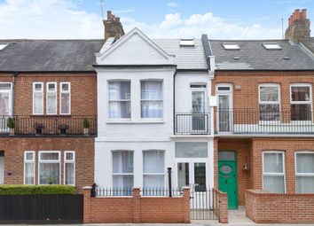 Thumbnail 5 bed flat to rent in New Kings Road, London