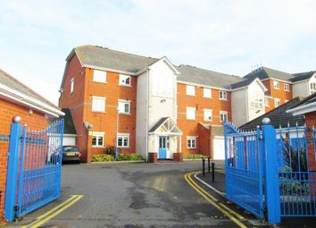 Thumbnail 2 bedroom flat for sale in Horseshoe Bridge, Southampton