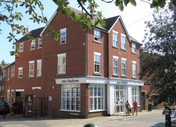 Lions Gate, High Street, Fordingbridge SP6. 1 bed flat