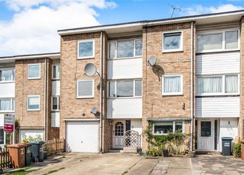 Thumbnail 4 bed property for sale in Upper Hitch, Upper Hitch, Watford, Hertfordshire