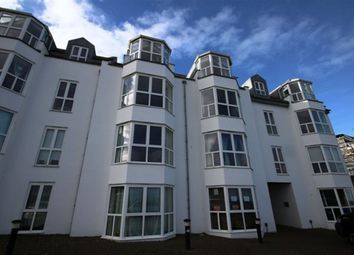 Thumbnail 1 bed flat to rent in Pentire Crescent, Newquay