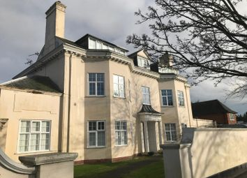 2 bed flat to rent in Godwyn Road, Folkestone CT20