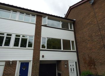 Thumbnail 3 bed town house to rent in Green Hill Road, Hyde