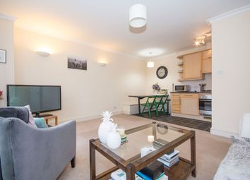 Thumbnail 2 bedroom flat to rent in Lavender Hill, Clapham Junction