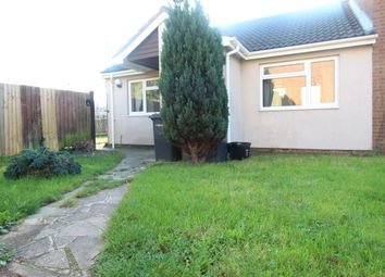 Thumbnail 2 bedroom bungalow to rent in Repton Close, Luton