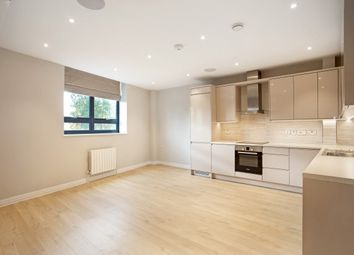 Thumbnail 1 bed flat to rent in Dee Road, Richmond