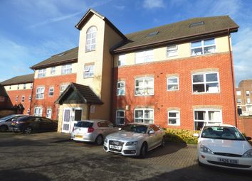 Thumbnail 2 bedroom flat for sale in Charles Place, Kings Road, Reading