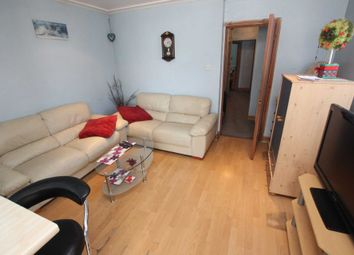 Thumbnail 3 bed flat to rent in Oxford Road, Reading, Berkshire