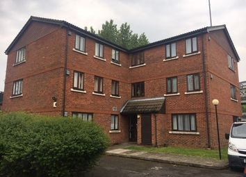 Thumbnail Flat to rent in Birchwood Close, Morden