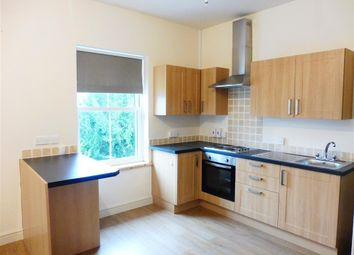 Thumbnail 1 bed flat to rent in Bronshill Road, Torquay