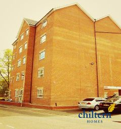 1 bed flat to let in Gloucester Road